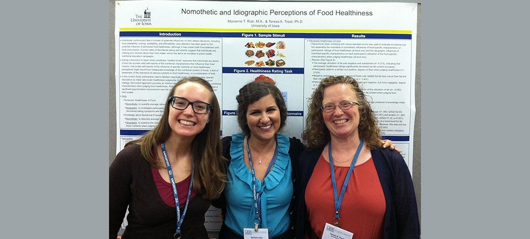 APS 2013: Halley Woodward, Marianne Rizk, Teresa Treat